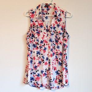 Express white floral sleeveless shirt sz large